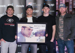 Dustin Lynch No. 1 Party with songwriters