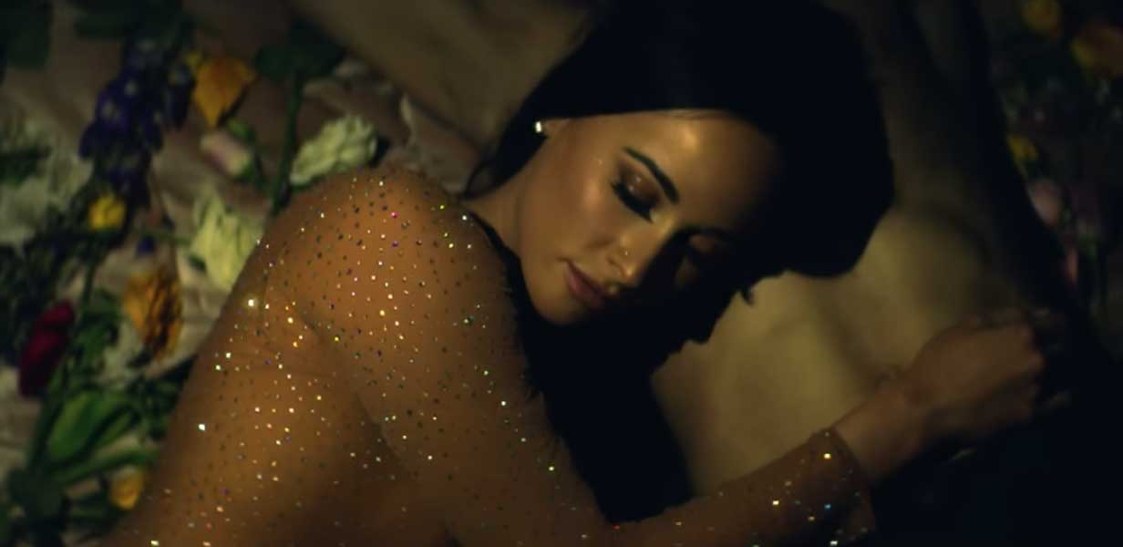 Kacey Musgraves still Butterflies video