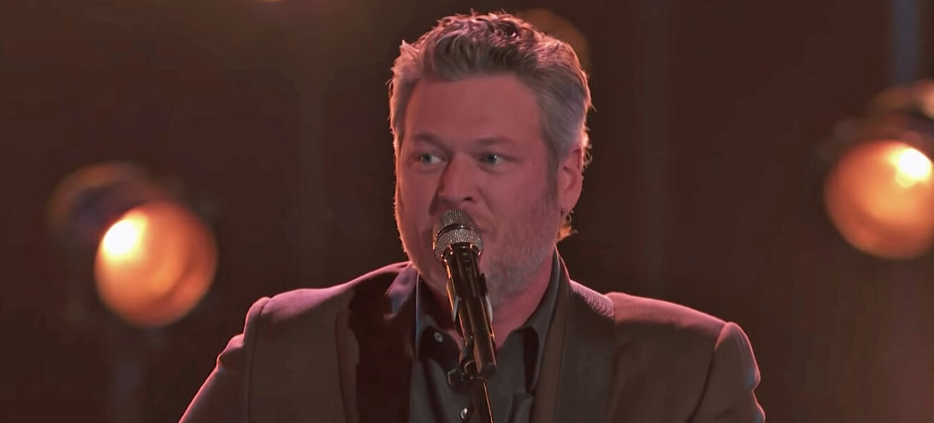 Blake Shelton The Voice Turnin me on