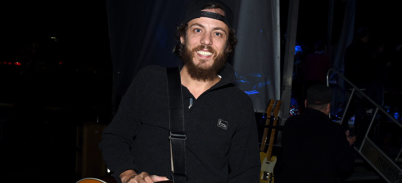 Chris Janson stolen guitar opry