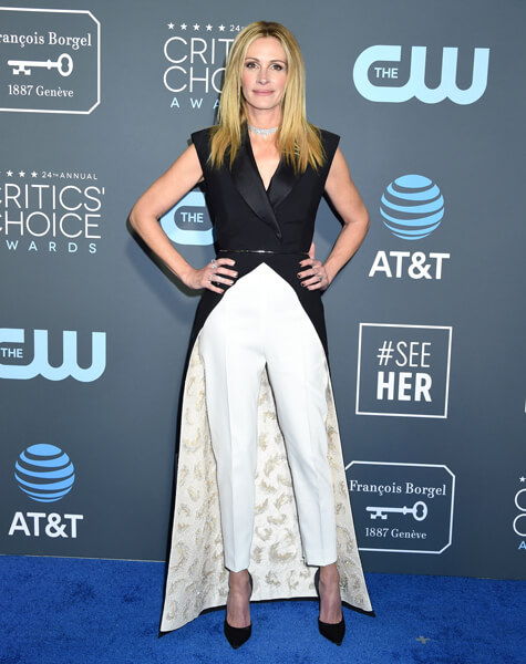 Julia Roberts Red Carpet Critics Choice awards fashion
