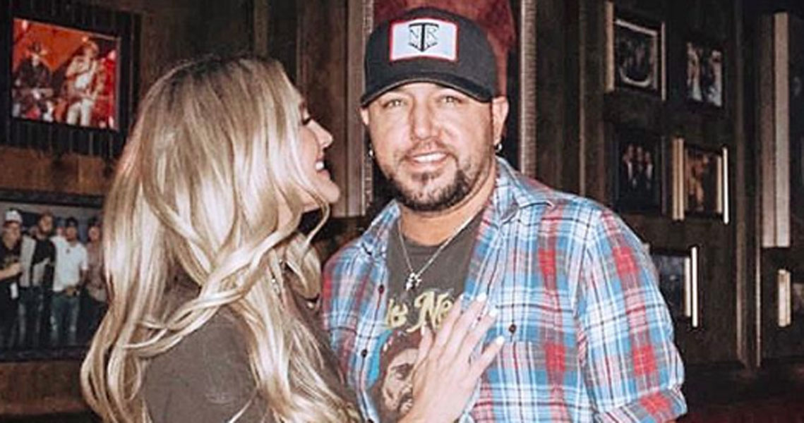 Jason Aldean and wife Brittany's baby girl Navy look like mom