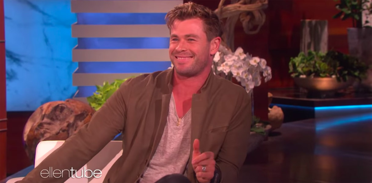 Chris Hemsworth scared during Ellen DeGeneres Show by mouse