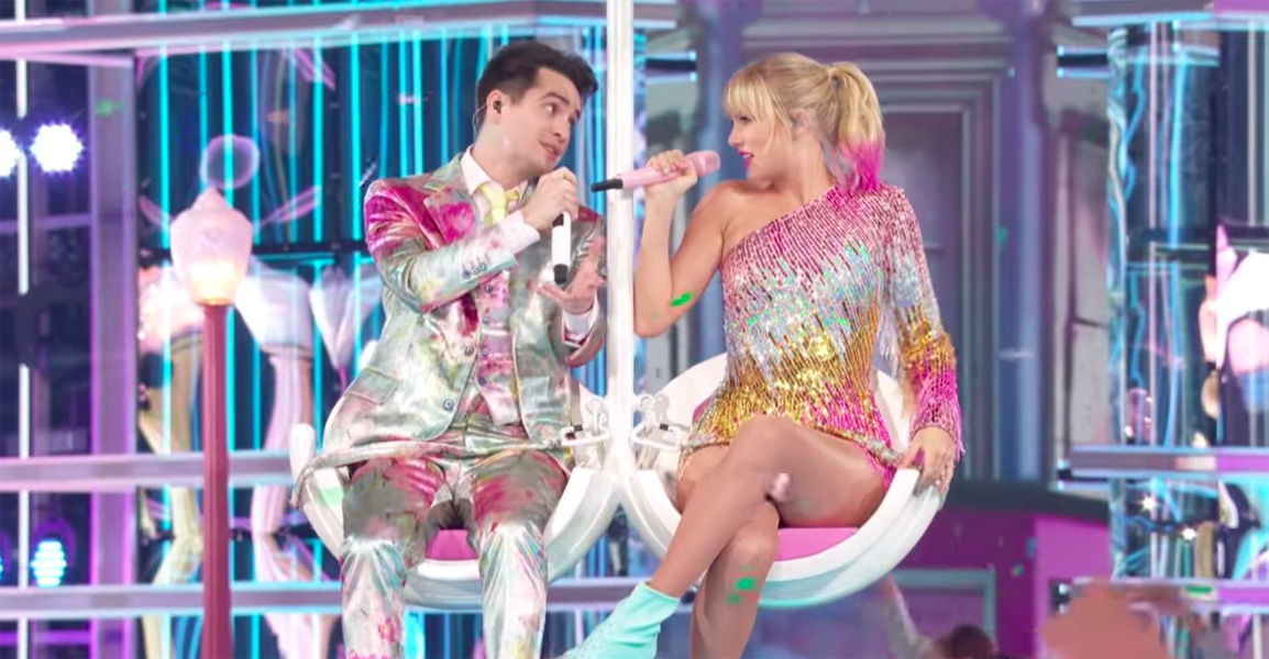 Taylor Swift and Brendon Urie open Billboard Music Awards with single Me