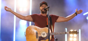Luke Bryan releases new video knockin boots