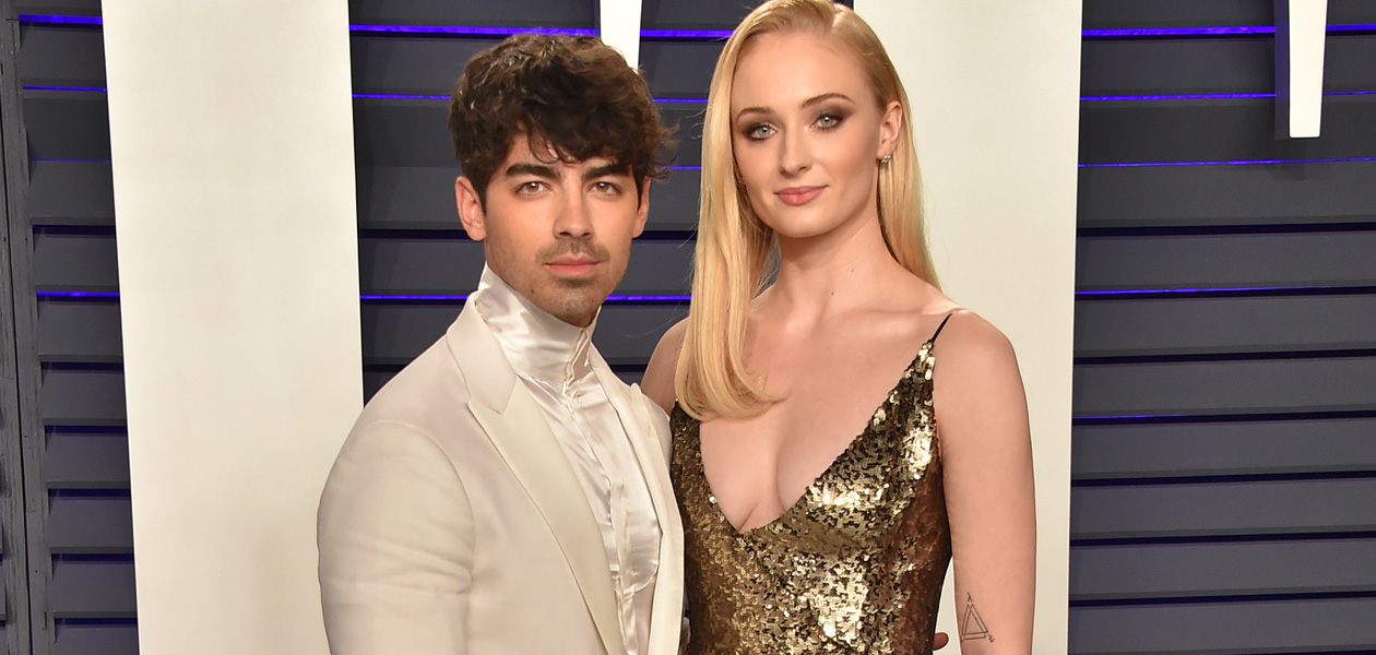 Joe Jonas of the Jonas Brothers and wife Sophie Turner get into Shawn Mendes Camila Cabello kiss at VMA