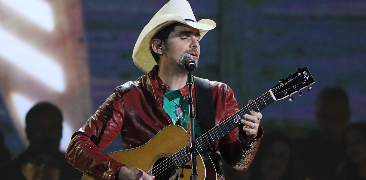 Brad Paisley Thinks hes special tv special to air