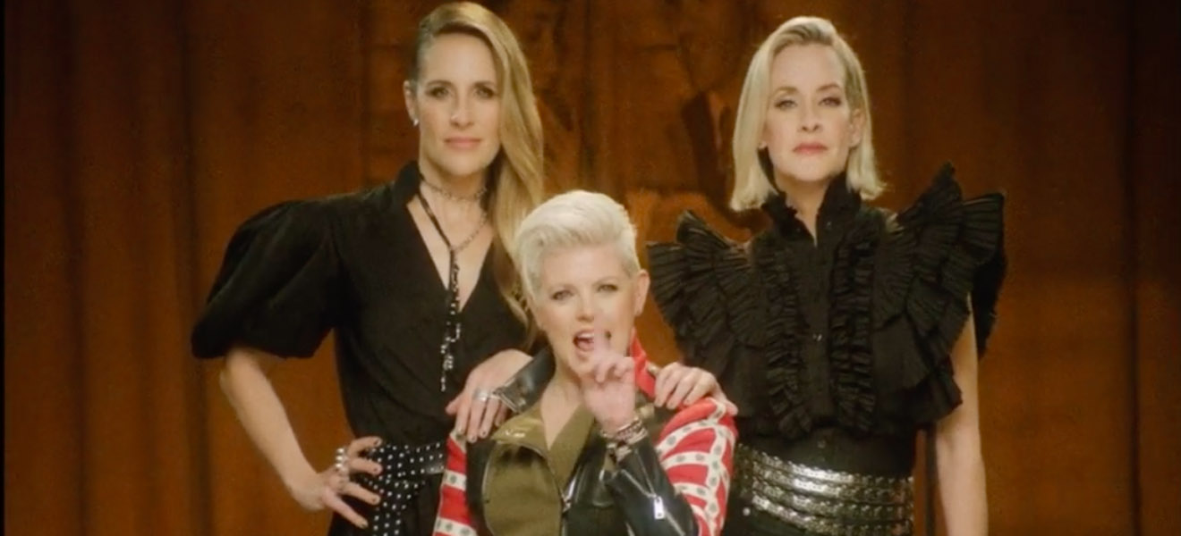 Dixie Chicks new music video for Gaslighter